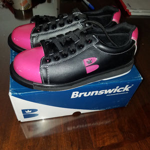 New ladies bowling shoes